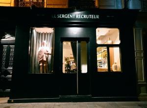 Le-Sergent-Recruteur-exterior